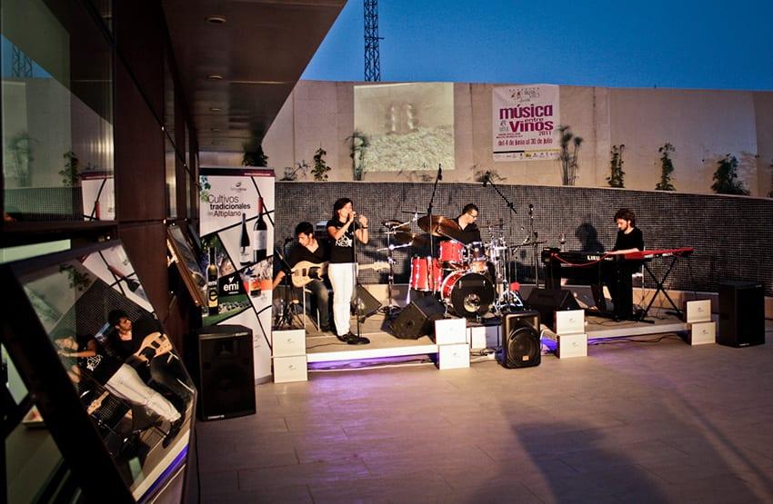 vina-elena-musica-entre-vinos-2011-cantos-jazz-fusion